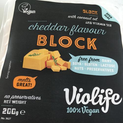 anmeldelse og test af ost fra violife med cheddar smag