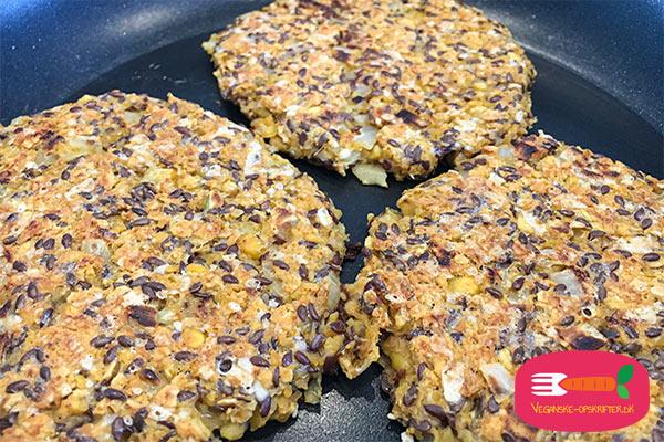 vegansk burger - opskrift på veganske burgerbøffer med kikærter
