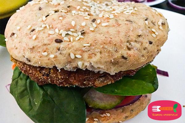 vegansk burgerboller - opskrift på burgerboller uden mælk og æg